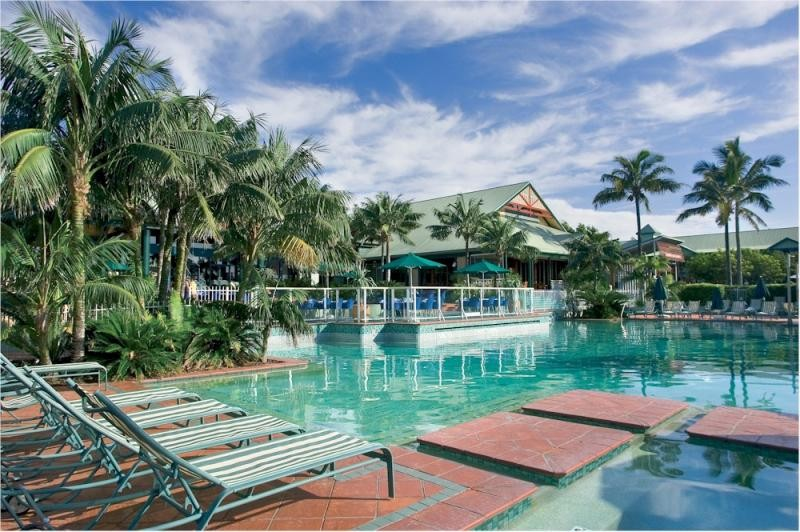 Novotel Twin Waters Pool Area - Discover Queensland