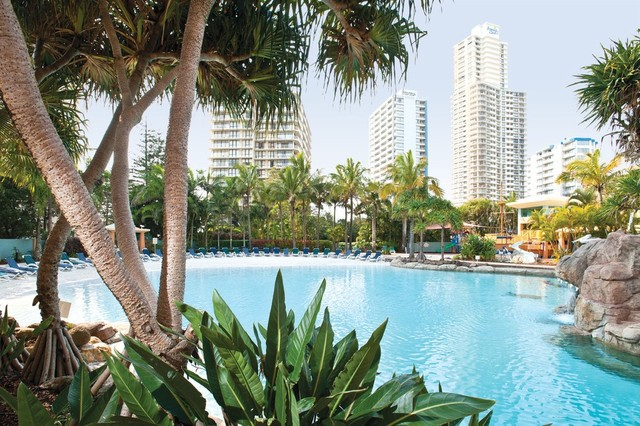 Mantra Crown Towers Surfers Paradise Lagoon Area