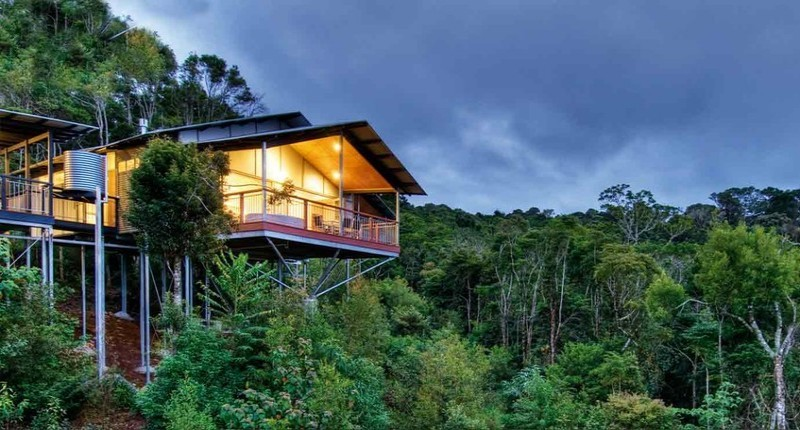 O'Reilly's Rainforest Retreat Villa against the beautiful Lamington National Park - Hightide Holidays