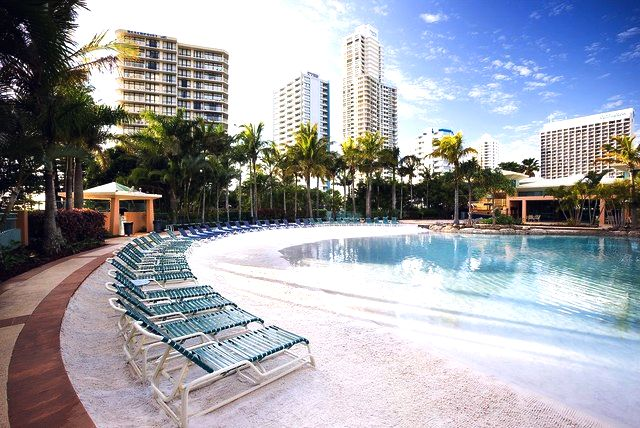 Mantra Crown Towers Surfers Paradise Pool Area - Hightide Holidays