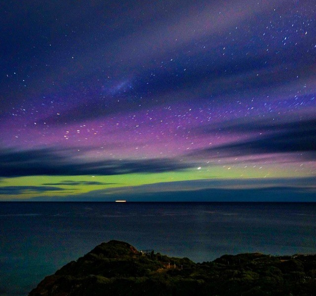 Aurora Australis on the Great Ocean Road - Courtesy of @travelflash | Hightide Holidays