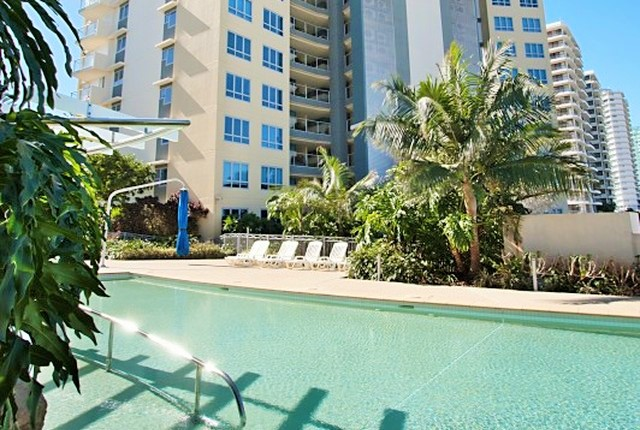 The Sebel Coolangatta Lagoon Pool - Hightide Holidays
