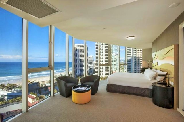 Hilton Surfers Paradise Relaxation Room - Discover Queensland