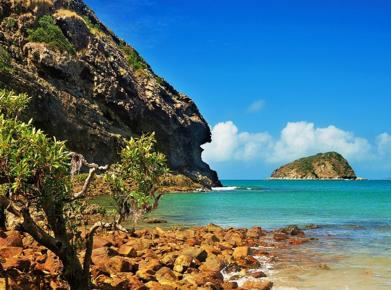 Rossyln Bay, Yeppoon - Discover Queensland
