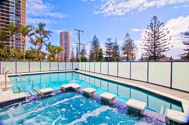 South Pacific Plaza Pool and Spa Area - Discover Queensland