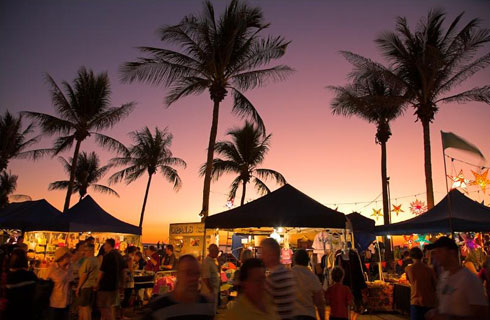 Port Douglas Markets - Discover Queensland