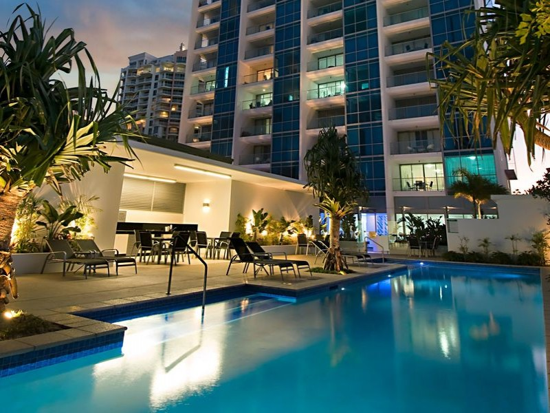 Ocean Pacific Resort Pool Area - Discover Queensland