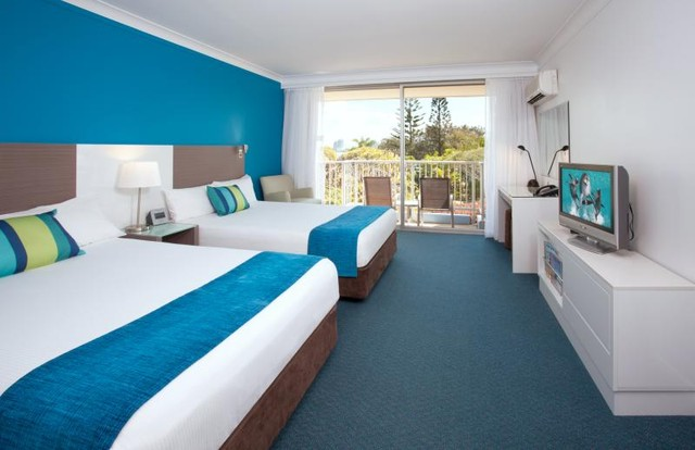 Resort Double Room at Sea World Resort and Water Park on the Gold Coast - Discover Queensland