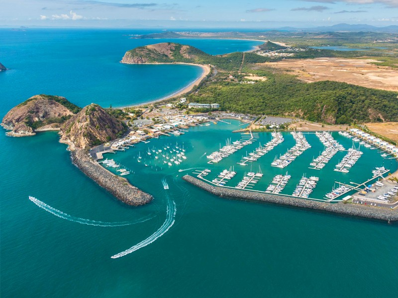 Rosslyn Bay in Yeppoon on the Capricorn Coast |Top 10 Queensland Beaches | Discover Queensland