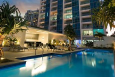 Ocean Pacific Resort: Broadbeach In Style