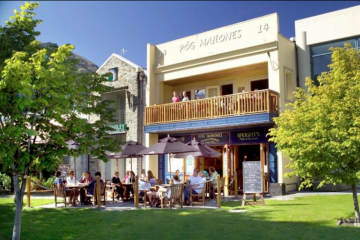 Enjoy sun-soaked afternoons at Pog Mahone's Irish Pub and Restaurant - Queenstown Holidays