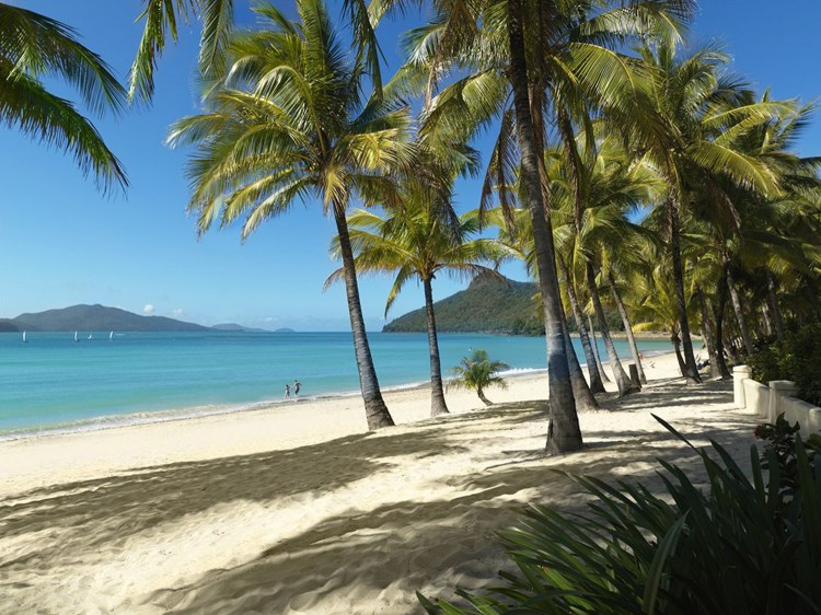 Hamilton Island - Reef View Hotel Romantic Holiday