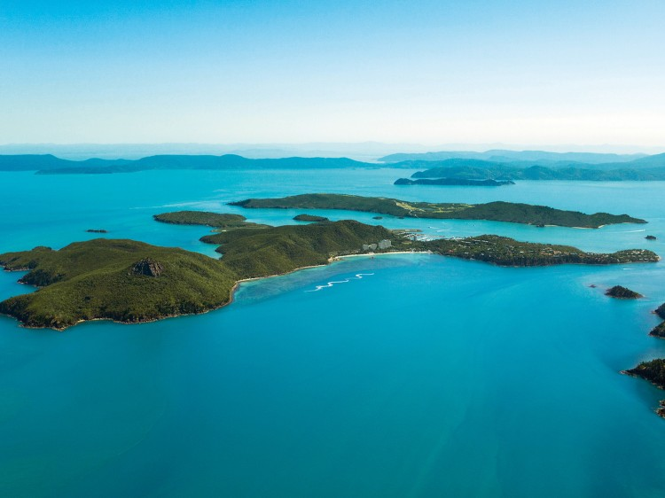 Hamilton Island - Palm Bungalows Romantic Holiday