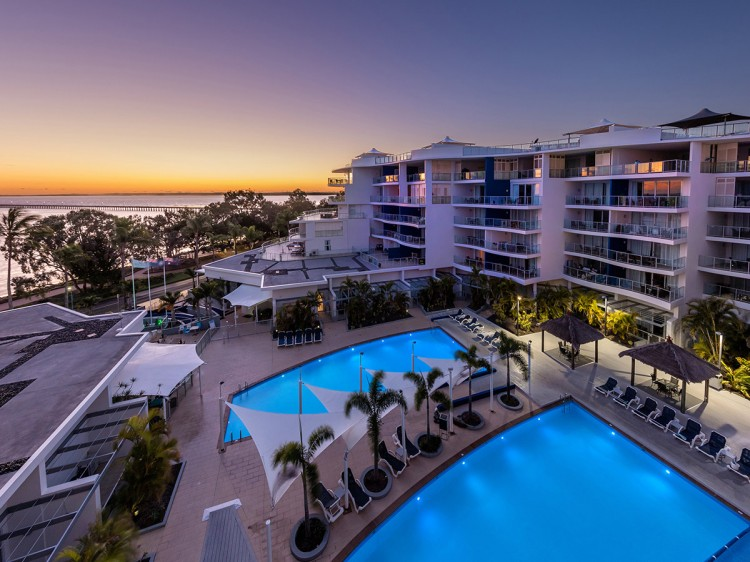 Oaks Resort and Spa Hervey Bay Romantic Holiday