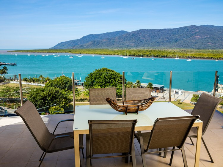Jack & Newell Apartments Cairns  3 Bedroom Apartments