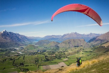 Tandem Paragliding from Coronet Peak, Queenstown - Queenstown Holidays
