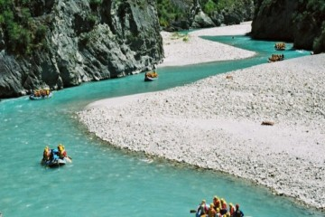 Challenge Rafting Queenstown on the Shotover River - Queenstown Holidays.jpg