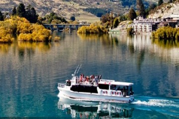 Million Dollar Cruise across Queenstown - Queenstown Holidays