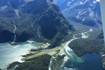 Air Milford - Milford Sound Air Strip - Queenstown Holidays