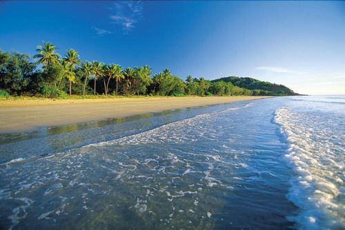 Four Mile Beach, Port Douglas Coastline