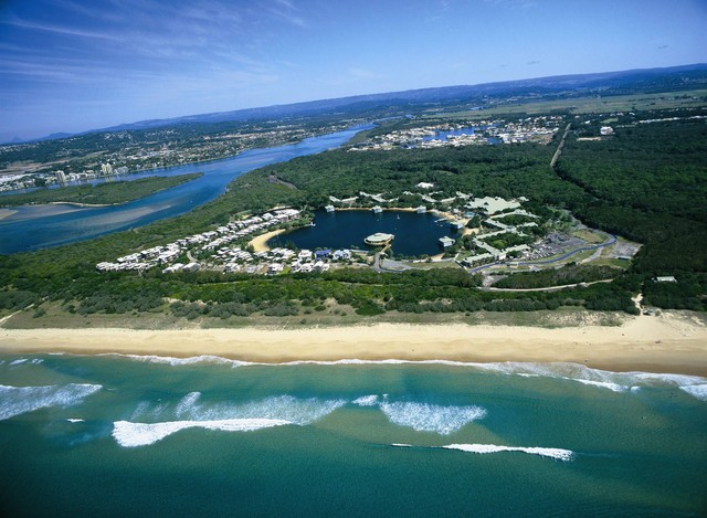 Grand Mercure Apartments Twin Waters Birds Eye View - Hightide Holidays