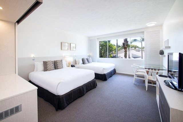 Oaks Oasis Caloundra, Executive Family Room - Hightide Holidays