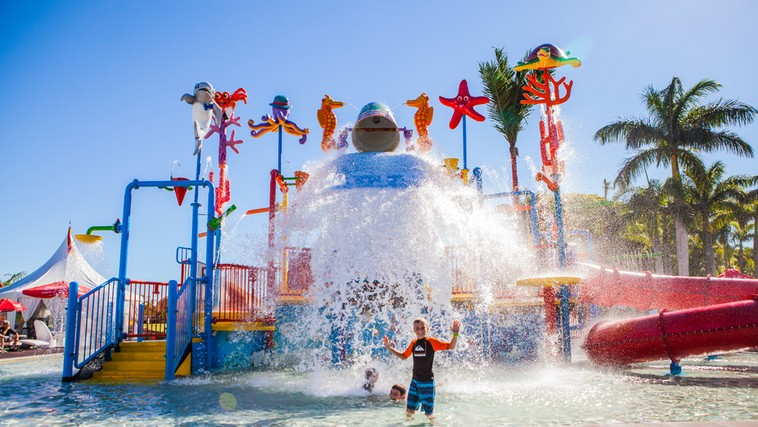 Oaks Oasis Caloundra Water Park Tipping Bucket - Hightide Holidays