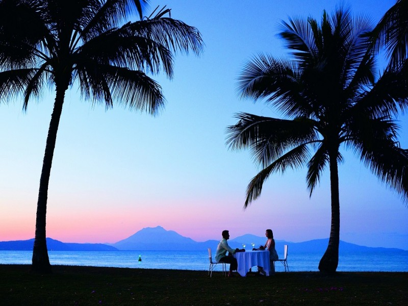 Dining by the Port Douglas Sunset - Discover Queensland
