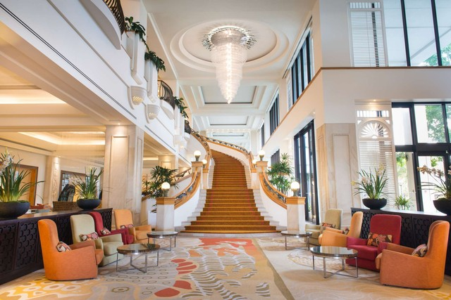 Marriott Surfers Paradise - Grand Staircase in Lobby - Discover Queensland