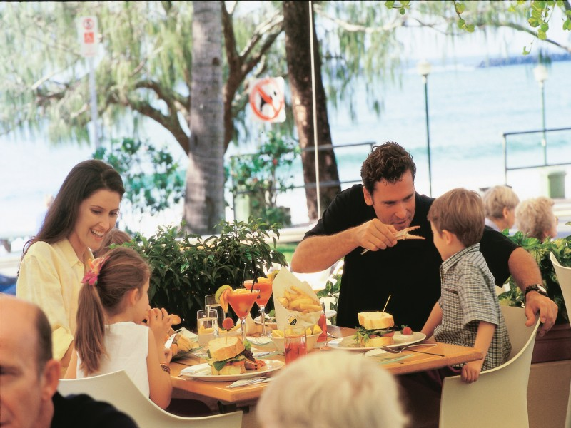 Family Dining at Mooloolaba During School Holidays - Discover Queensland