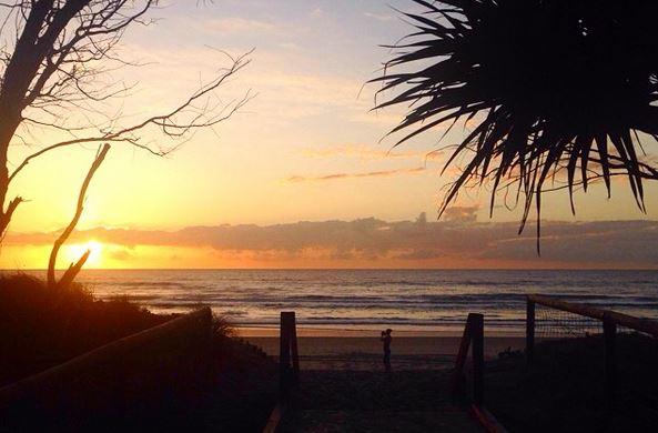 Broadbeach Beach Sunrise - Discover Queensland