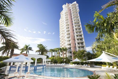 Bel Air on Broadbeach - Discover Queensland