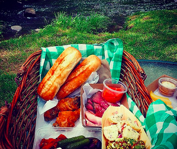 canungra valley vineyards picnic hamper image by @notquitenigella via Instagram - Discover Queensland