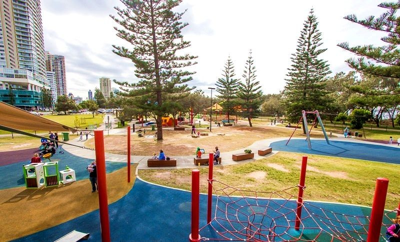Pratten Park - Broadbeach Playgrounds - Discover Queensland