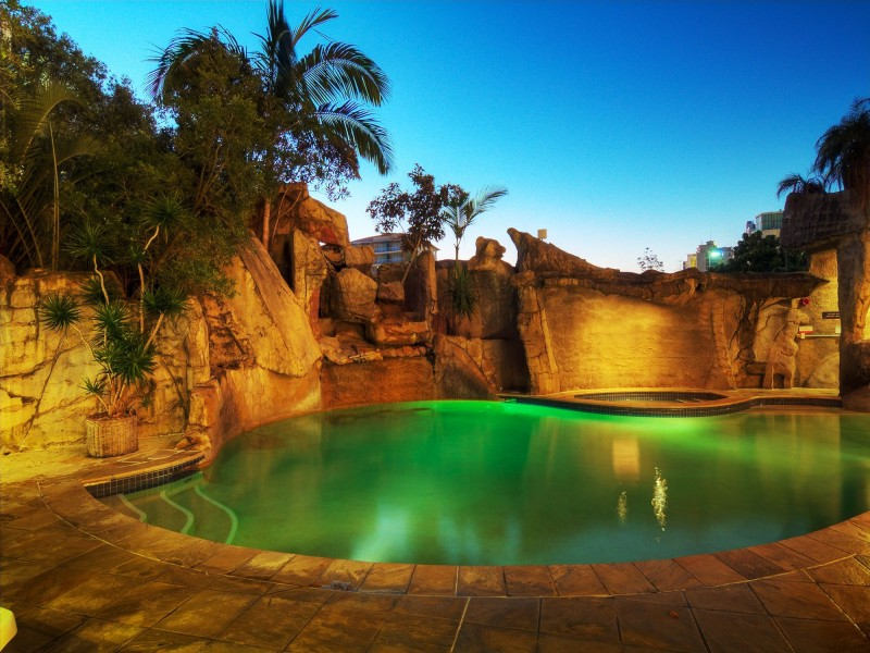 Landmark Resort Pool - Discover Queensland