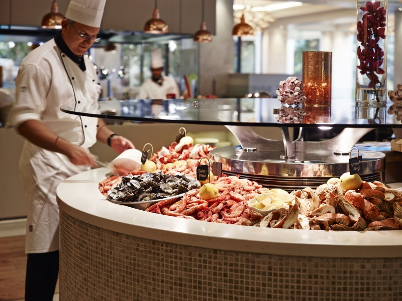 Citrique Seafood Restaurant in the Marriott Surfers Paradise - Hightide Holidays