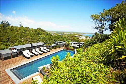 Peppers Noosa Resort and Villas Pool Overlooking Laguna Bay | Discover Queensland