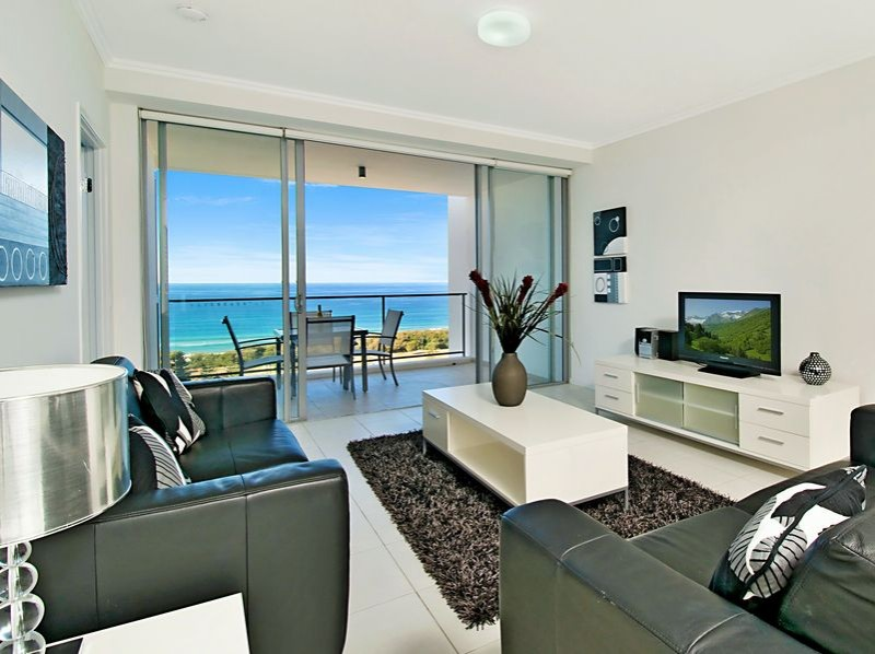 One Bedroom Apartment in Ocean Pacific Resort Broadbeach Gold Coast - Discover Queensland