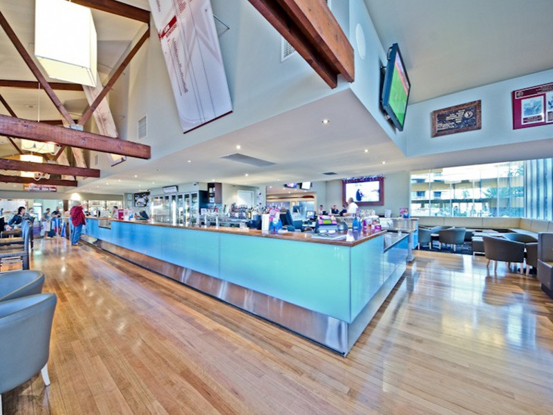 Northcliffe Surf Club Restaurant - Discover Queensland