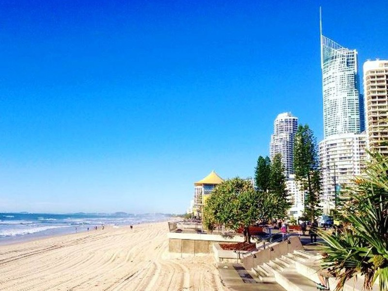 Surfers Paradise by @beachyliz bia #DiscoverQueensland Instagram - Discover Queensland