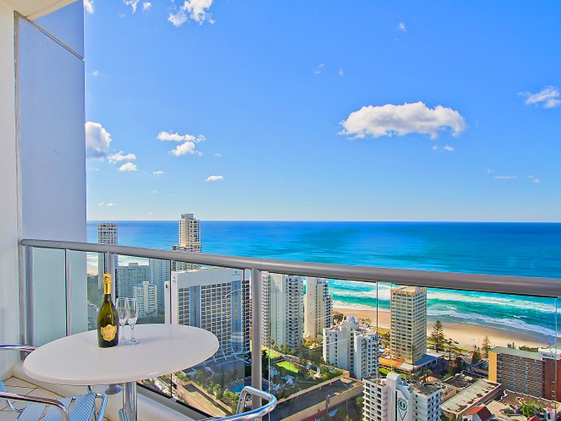View from Mantra Towers of Chevron Sub Penthouse Room | Discover Queensland