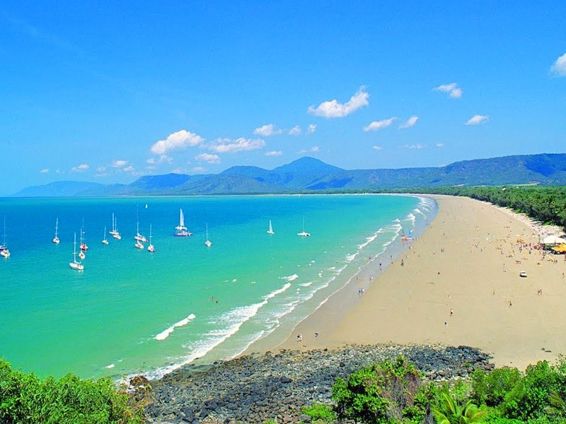 Four Mile Beach, Port Douglas, Tropical North Queensland | Top 10 Queensland Beaches | Discover Queensland