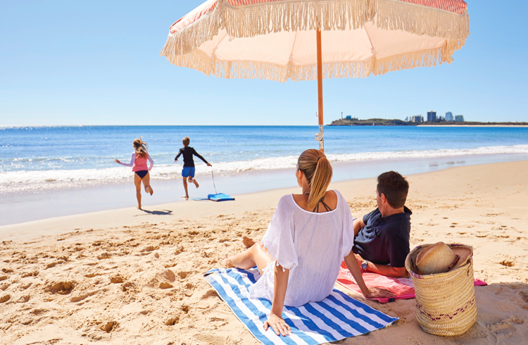 Mooloolaba Beach, Sunshine Coast | Your Guide to the Sunshine Coast | Discover Queensland