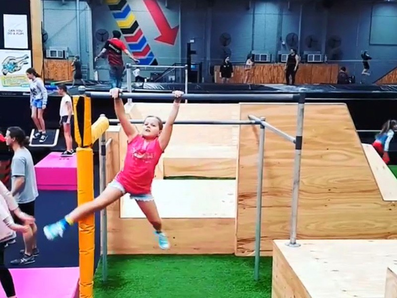Things to do on a Rainy Gold Coast Family Holiday - Bounce Factory at Burleigh by @quin_bath