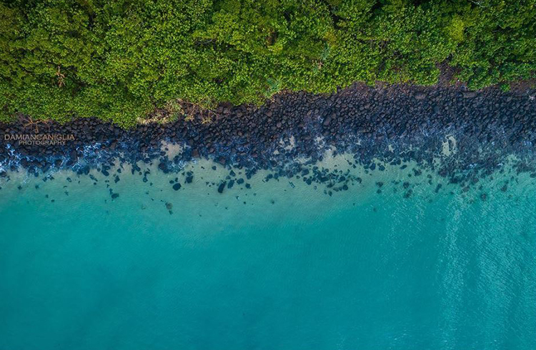 10 Photos That Will Make You Want to Visit Burleigh Heads - Aerial drone view of the beautiful waters of Tallebudgera Creek and Burleigh Heads National Park - Discover Queensland - Image by @damiancan