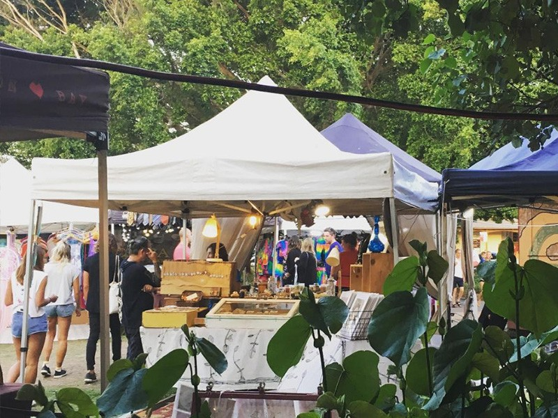 Byron Bay Artisan Markets - Instagram @checkhoved