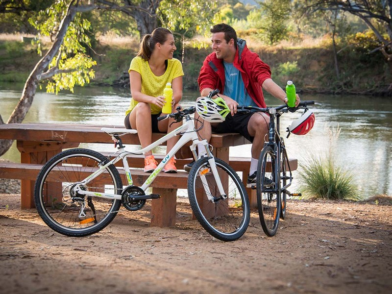 Bike Riding at the Murray - Image via Visit Victoria | 5 Ways to Travel the Murray River (and what to do along the way!) | Discover Victoria