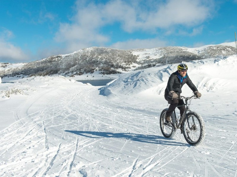 Fat Biking | How to do a snow holiday in the Victorian High Country | Discover Victoria