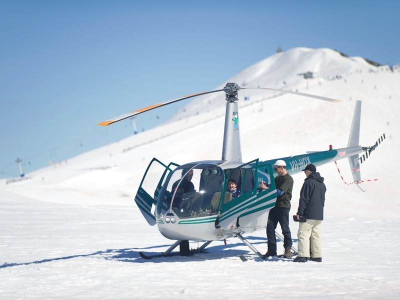 Helicopter Rides in Mt Buller | How to do a snow holiday in the Victorian High Country | Discover Victoria