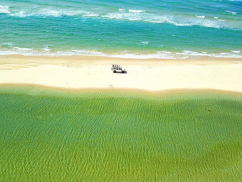 4WDing Fraser Island's Beaches | Image by @lucasjeanroy | 15 Photos That Will Make You Want to Visit Fraser Island | Discover Queensland